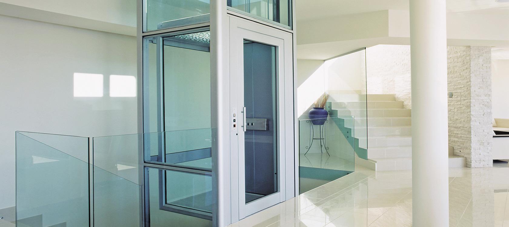 Mini ascensori e piattaforme elevatrici scale e for Ascenseur de maison prix